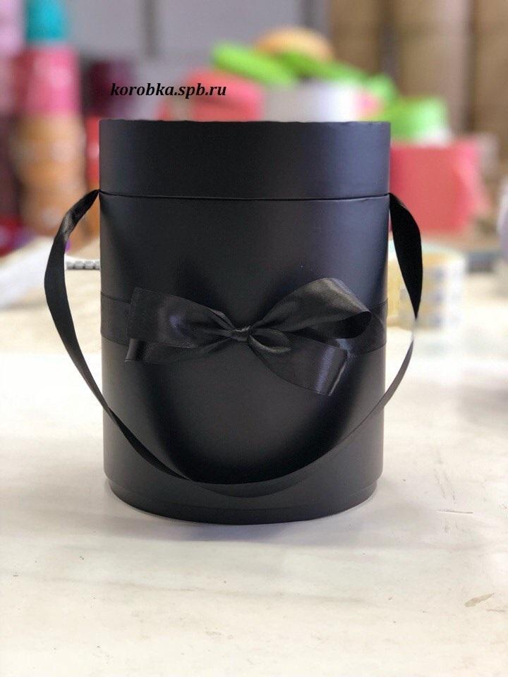 Шляпная коробка  D 16 см .Цвет: черный . Розница 300 рублей.