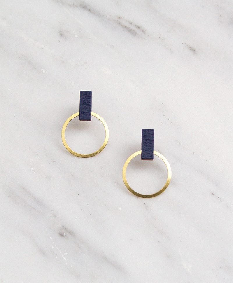Серьги Elara Studs Midnight Blue