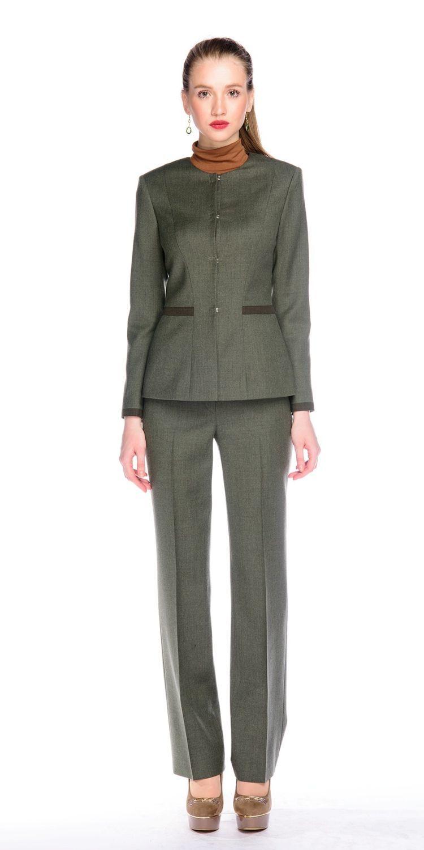 Жакет Д498-112 - Жакет прилегающего силуэта из классической костюмной ткани. Потайная застежка на крючки. Отделка по низу рукавов и вставки на талии из ткани-компаньона с меланжевым эффектом в тон брюк. Подкладка из поливискозы. В комплект предлагается юбка из такой же ткани либо брюки из ткани-компаньон