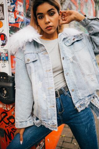 модная джинсовая куртка nadya