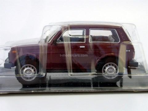 VAZ-21213 Niva 1994-2007 burgundy 1:43 DeAgostini Auto Legends USSR #213