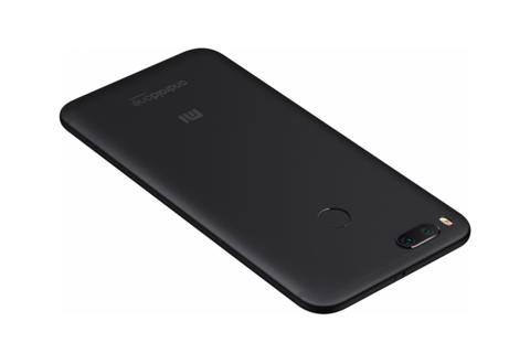 Смартфон  Xiaomi Mi A1 4 / 32GB (чёрный)