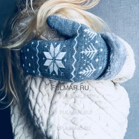 Варежки шерстяные вязаные со снежинками (цвет: серый)
