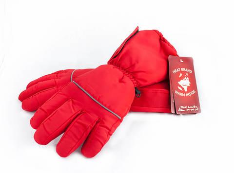 Батарейный отсек размещается в специальном кармане на раструбе каждой перчатки с внешней стороны на раструбе и не нарушают внешнего вида перчаток.