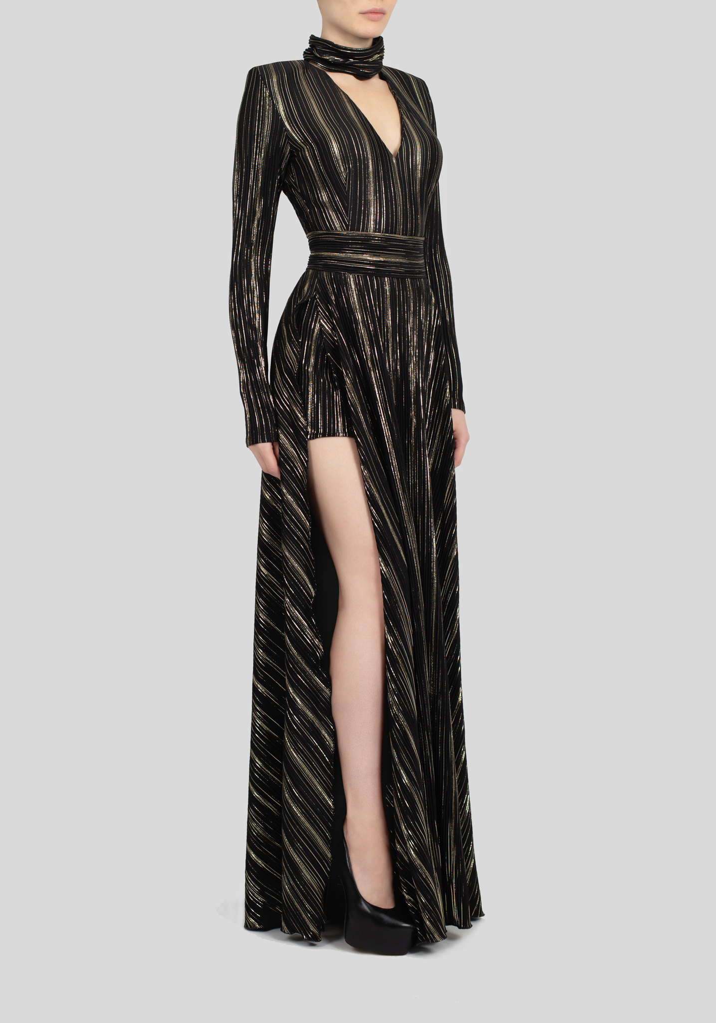 Платье черное макси с шортиками