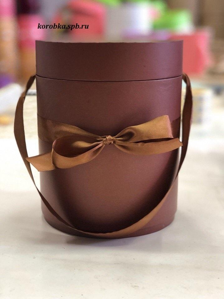Шляпные коробки 22,5 см Цвет:  коричневый . Розница 350 рублей .