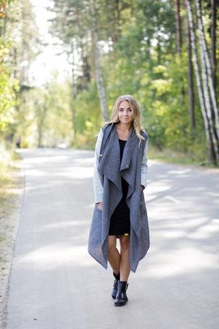 Пальто тонкое серо-голубое
