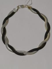 Коса черно-белая (серебряный браслет )