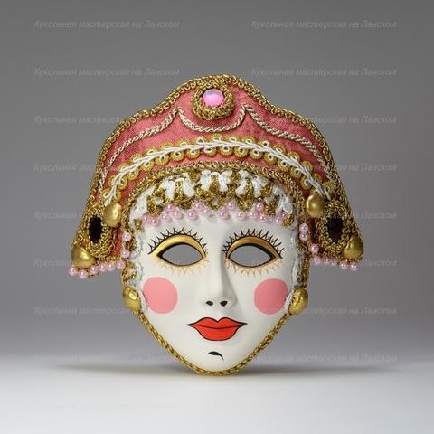 Боярыня - интерьерная маска