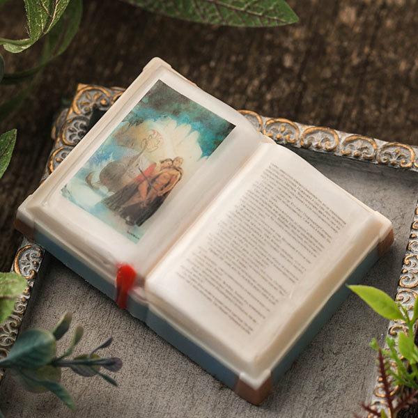 Мыло ручной работы в форме книги
