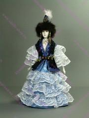 Кукла в казахском костюме