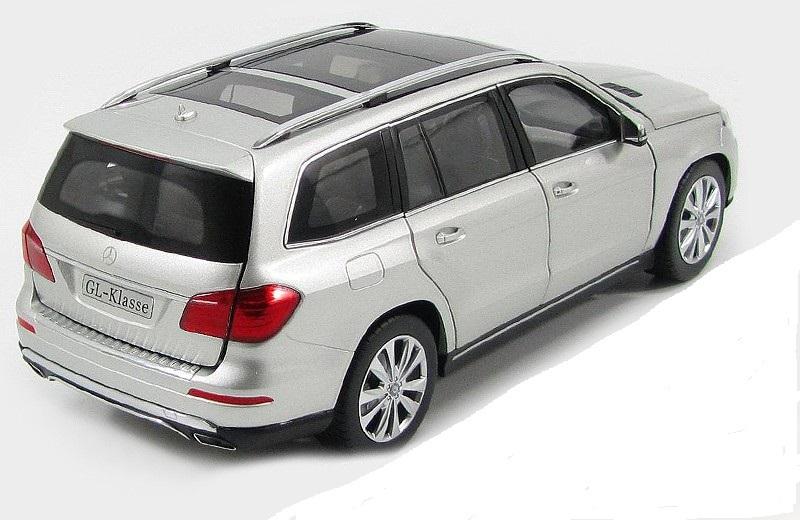 Коллекционная модель Mercedes-Benz GL-Class X166 2012