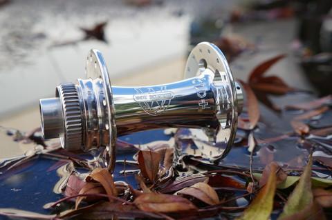 Серебристый / Silver