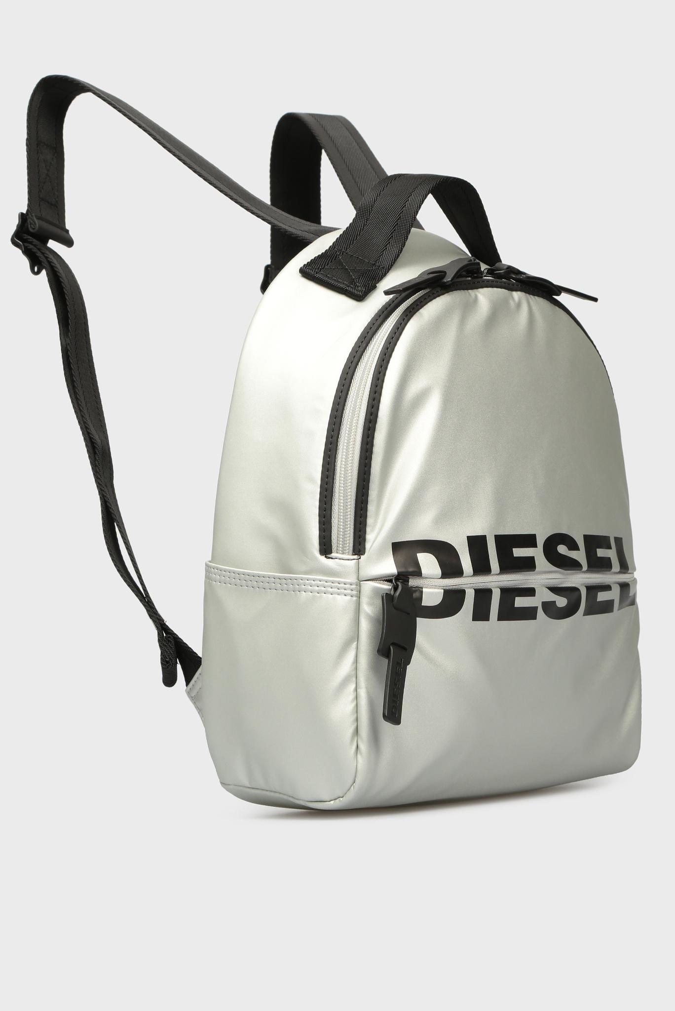 Женский серебристый рюкзак BOLDMESSAGE Diesel