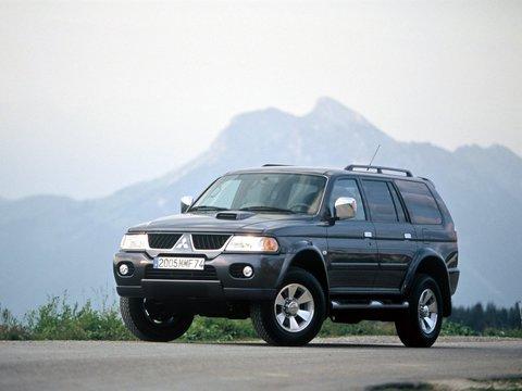 Чехлы на Mitsubishi Pajero Sport 1998–2008 г.в.