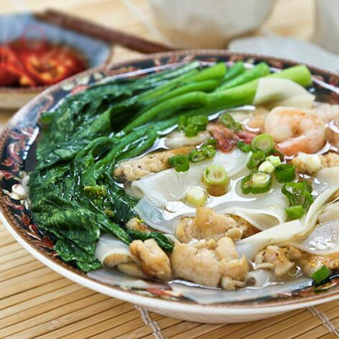 https://static-ru.insales.ru/images/products/1/3633/54275633/chicken_rice_flakes_soup.jpg
