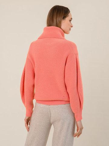 Женский свитер кораллового цвета из шерсти и кашемира - фото 4