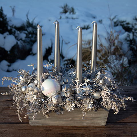 Себеряная композиция со свечами