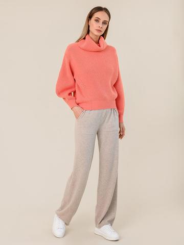 Женский свитер кораллового цвета из шерсти и кашемира - фото 5