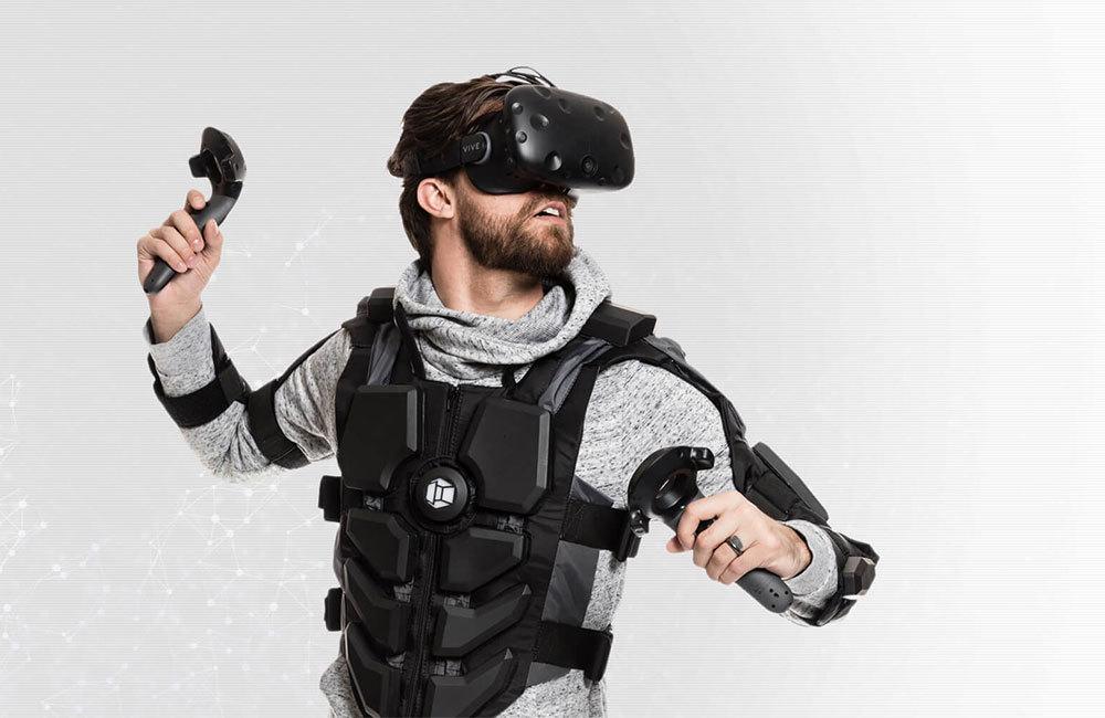 Жилет виртуальной реальности Hardlight Suit