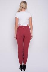<p>Брюки - карго удобные, практичные и комфортные. Свободный крой, модные накладные карманы с клапанами. По спинке и низу изделия резинка, спереди гульфик - замок.</p>