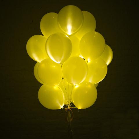 Светящиеся воздушные шары желтые