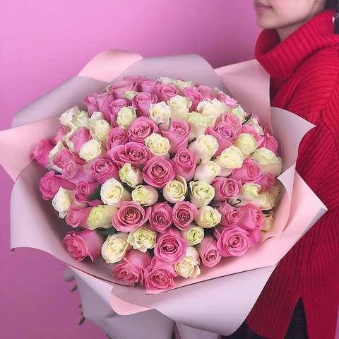 Букет 51 эквадорская роза (бело-розовая) 70 см