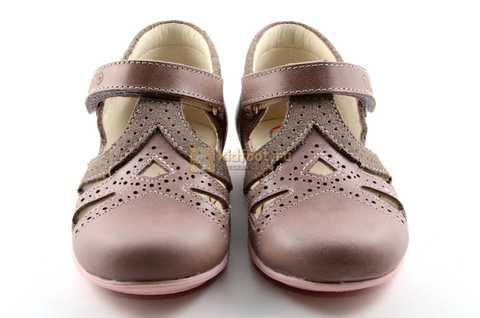 Туфли Тотто из натуральной кожи на липучке для девочек, цвет ирис серобежевый, 10207A. Изображение 5 из 12.