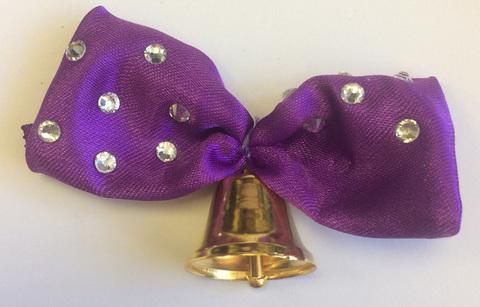 Колокольчик с фиолетовой лентой со стразами