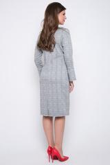 <p>Элегантное платье прямого силуэта с модными манжетами на пуговицах.</p>