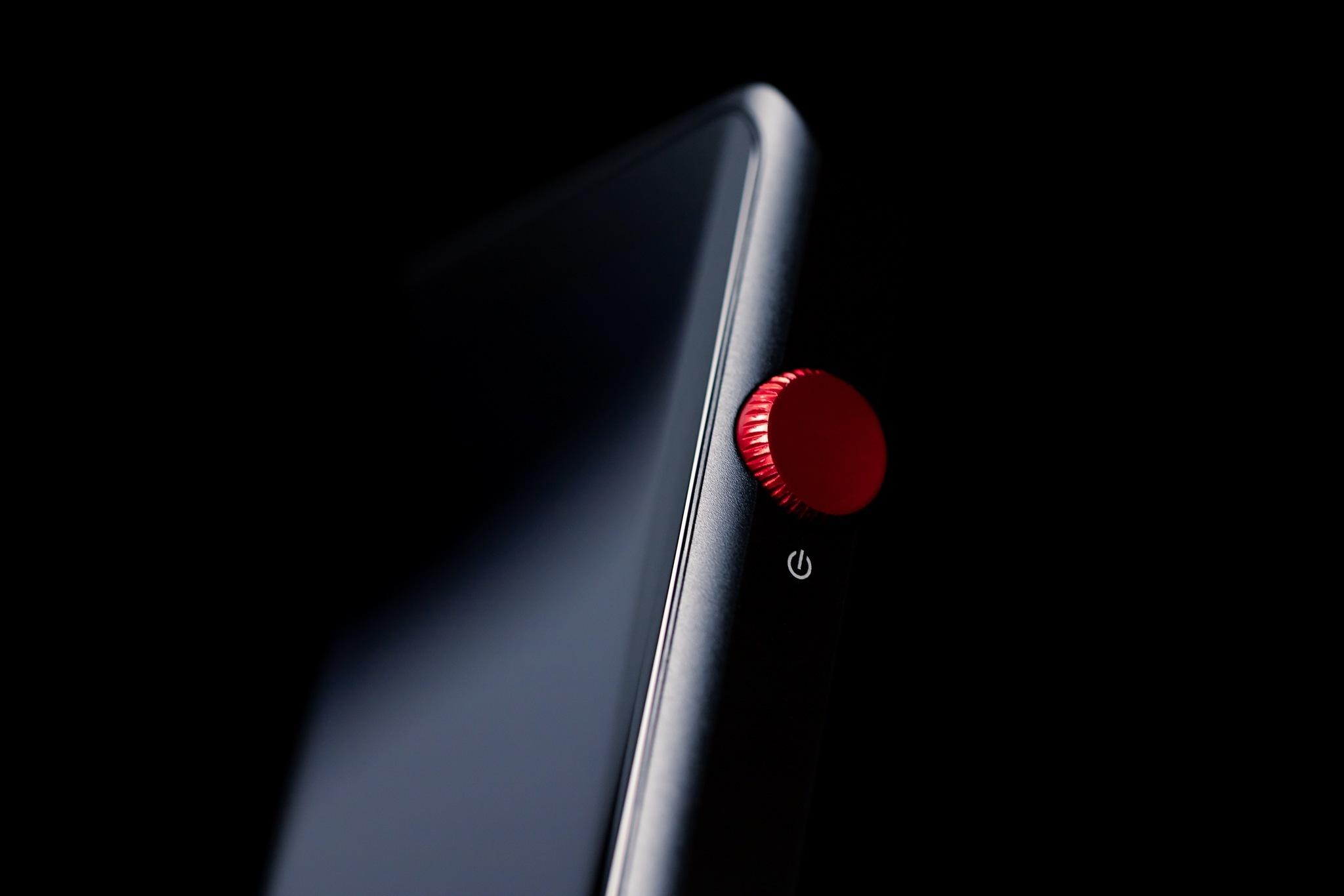 Shanling M2X black/red, портативный аудиоплеер