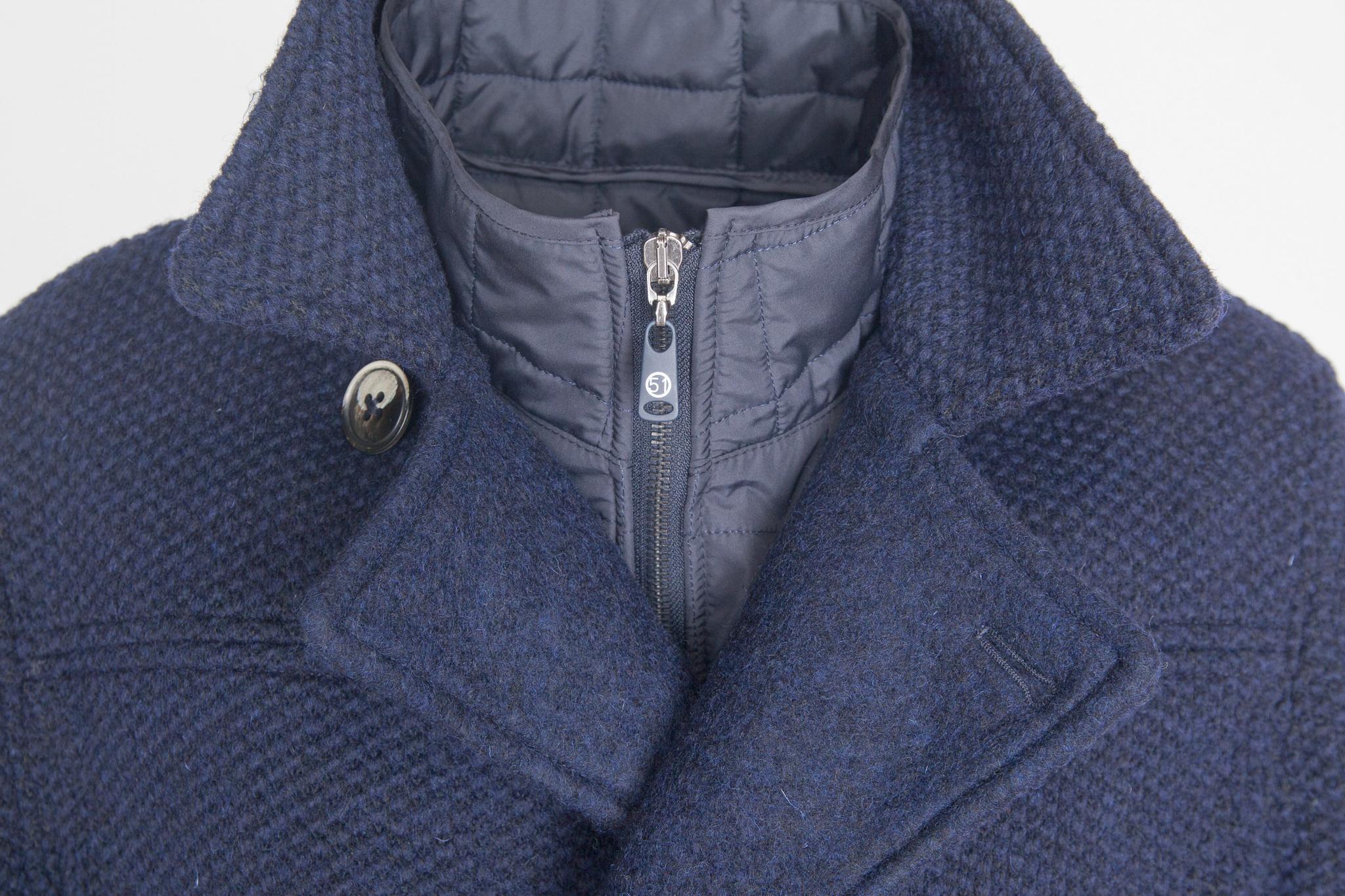 Двубортное тёмно-синее пальто из натуральной шерсти, воротник