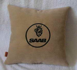 Подушка автомобильная с логотипом SAAB