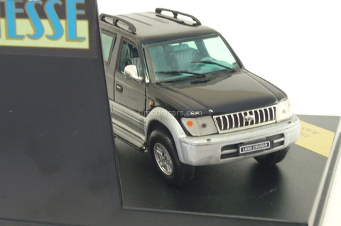 Toyota Land Cruiser Short 1998 black Vitesse 1:43