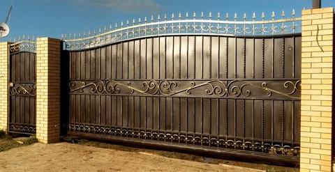 Кованые откатные ворота N-2