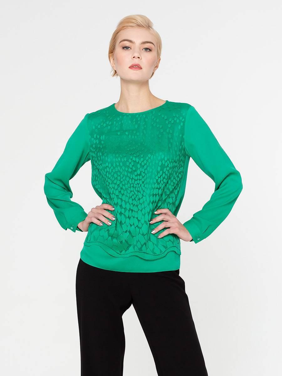 Блуза Г605-481 - Яркая блуза с длинным рукавом. Передняя полочка продублирована кружевом в тон основной ткани с фигурной линией низа. Отлично смотрится как в классическом так и в повседневном образе. Она так же будет уместна на торжественных и официальных мероприятиях.