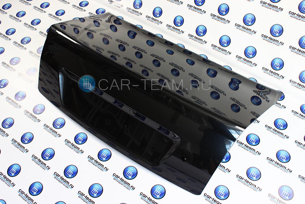 Крышка багажника на Лада Приора седан окрашенная в цвет, заводская