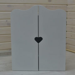 Шкаф для куклы «Сердечко»