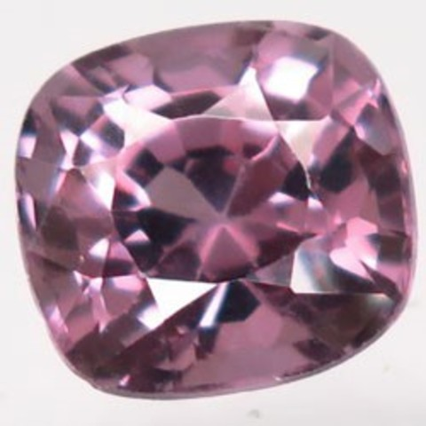 Натуральная розовая шпинель