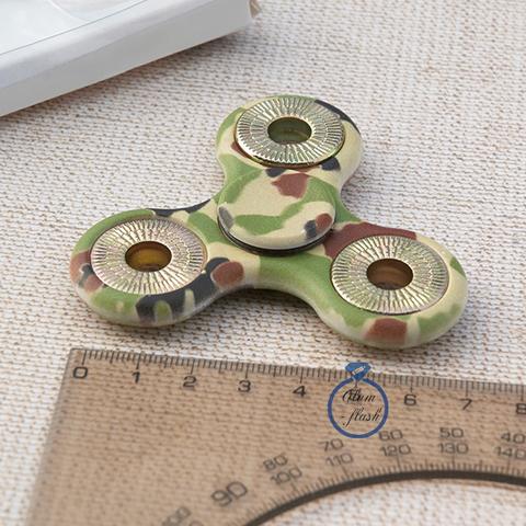 Спиннер классический из пластика с металлическими утяжелителями цвета хаки 17005P_military