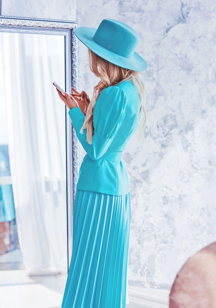 Жакет бирюзово-лазурного цвета