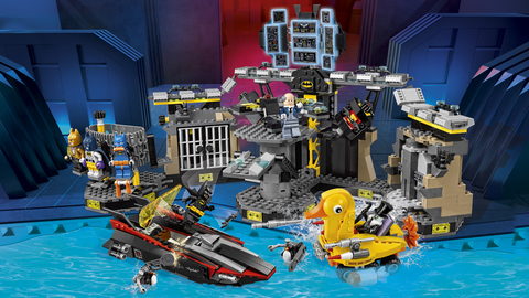 LEGO Batman Movie: Нападение на Бэтпещеру 70909 — Batcave Break-in — Лего Бэтмен Муви Кино