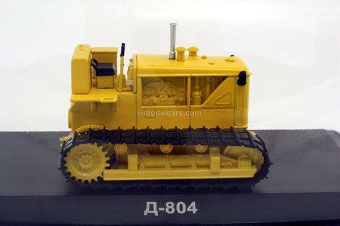 Tractor D-804 1:43 Hachette #114