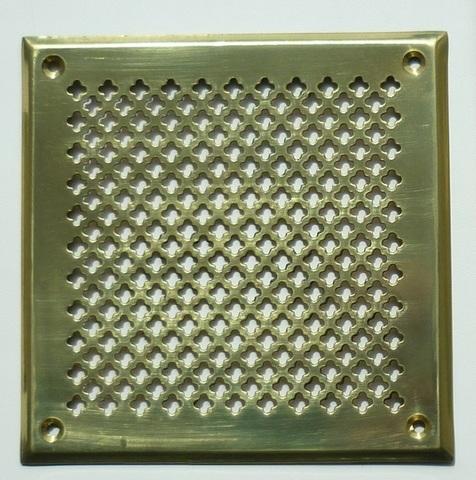 Решётка 100х100 мм, латунь, перфорация цветочек