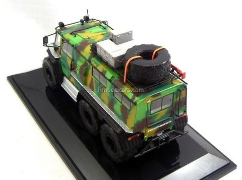 ATV triaxial Petrovich camouflage DIP 1:43