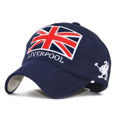 Стильная бейсболка с логотипом ФК Ливерпуль и с флагом Великобритании (Кепка Liverpool) синяя