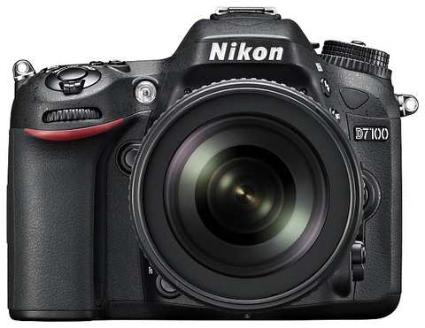 Nikon D7100 Kit 18-105mm f/3.5-5.6G AF-S ED DX VR Nikkor