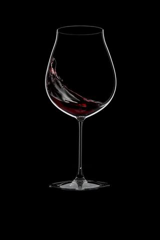 Набор из 2-х бокалов для вина New World Pinot Noir/Nebbiolo/Rose/Champagne 790 мл, артикул 6449/67. Серия Riedel Veritas