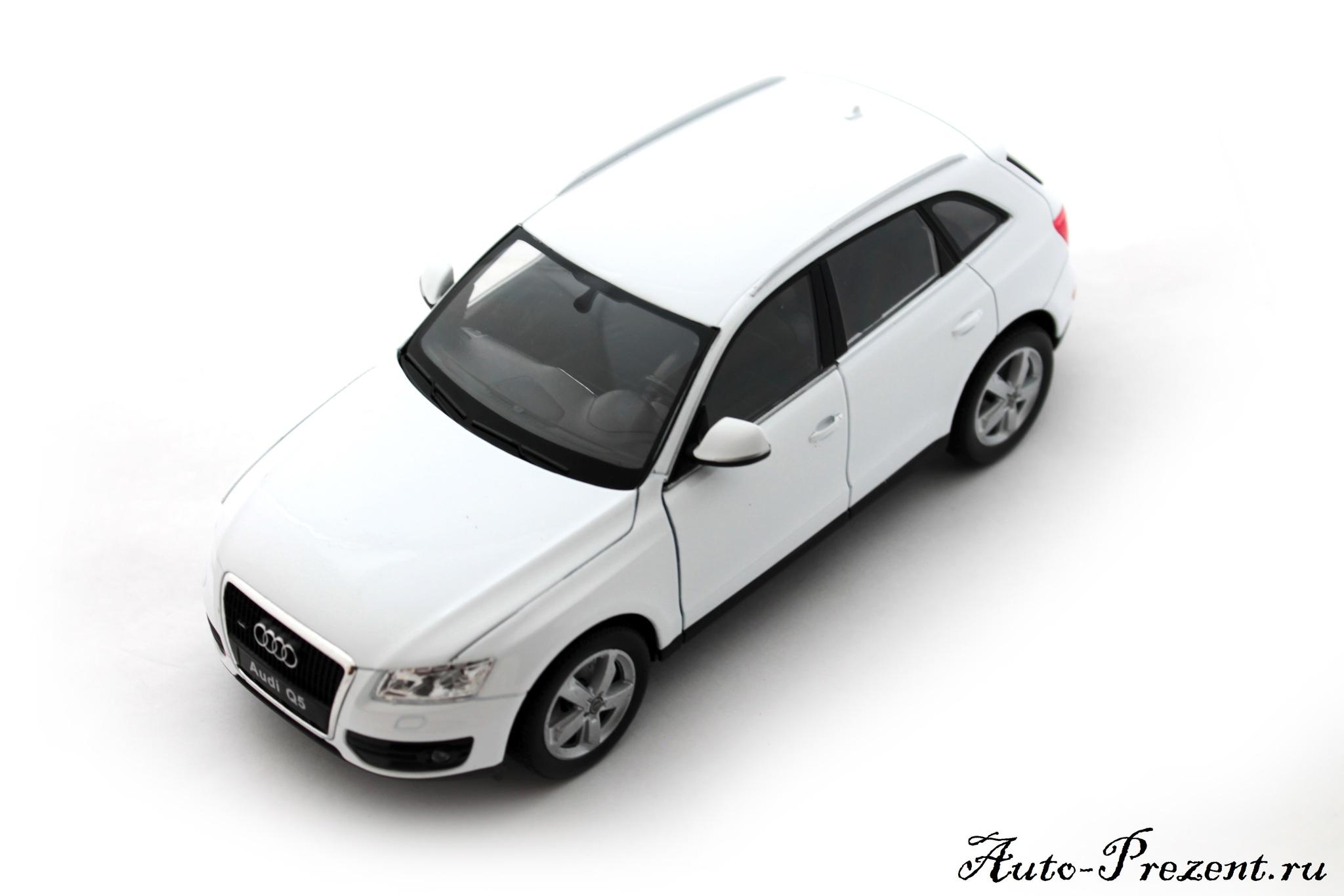 Машинка-игрушка Audi Q5