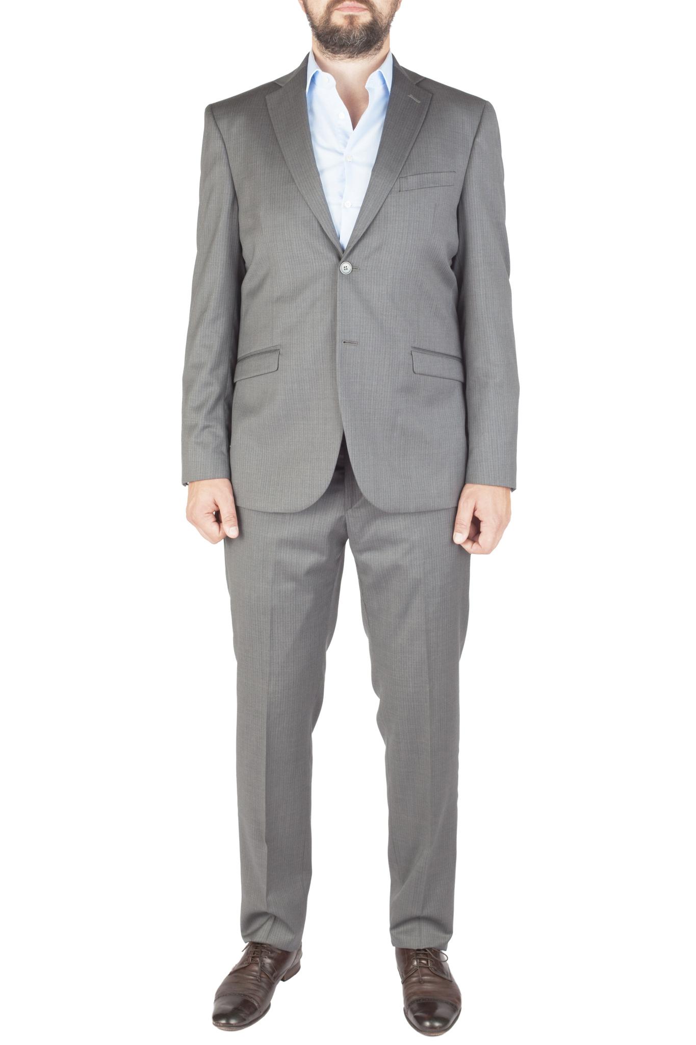 Светло-серый костюм в тонкую частую белую полоску из 100%-ной шерсти